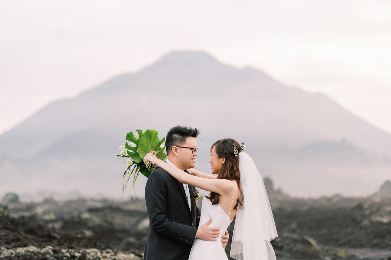 S&Y: Batur Volcano and Nungnung Waterfall Prewedding - Bali Prewedding Photographer 1