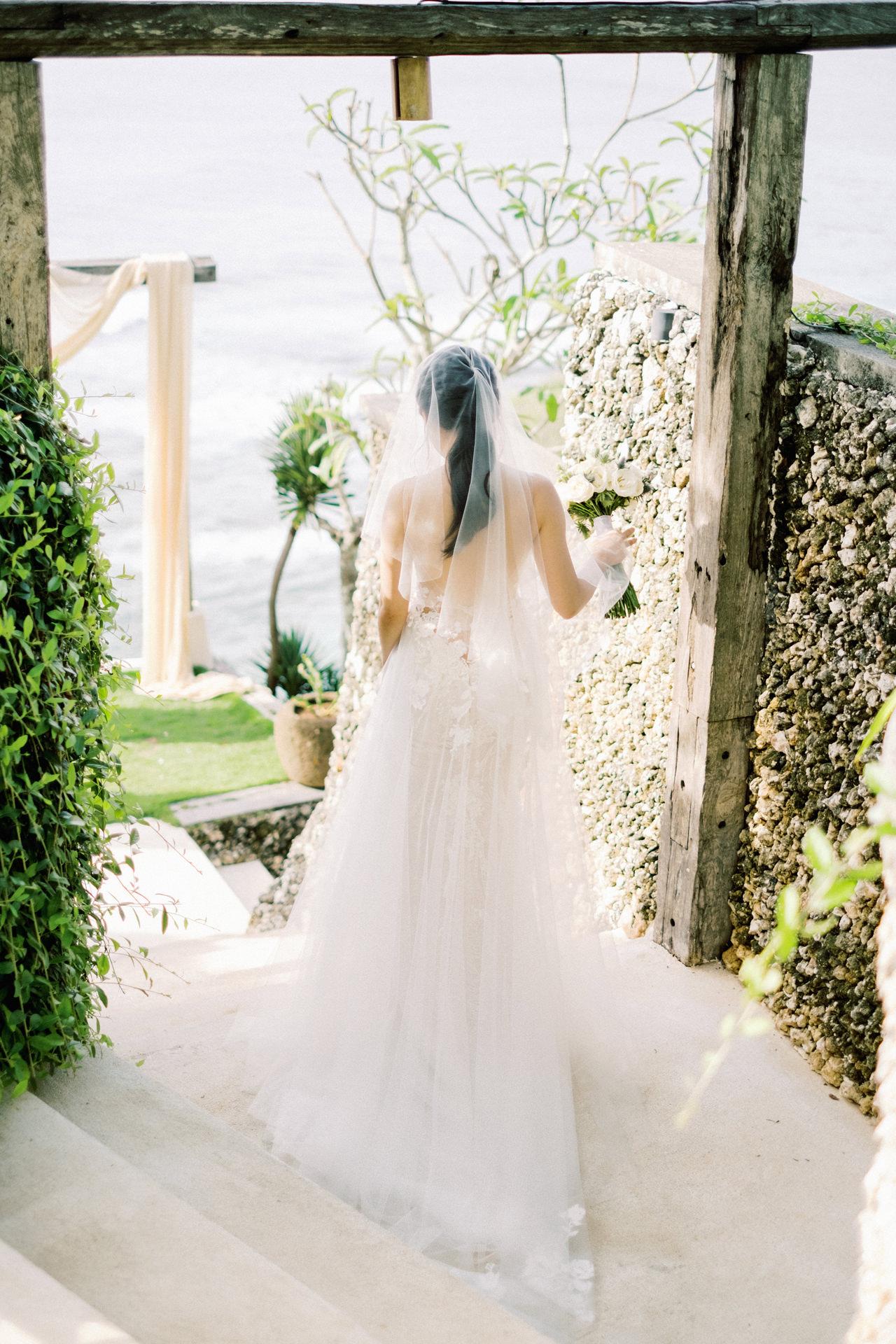 Bali Wedding First Look Idea
