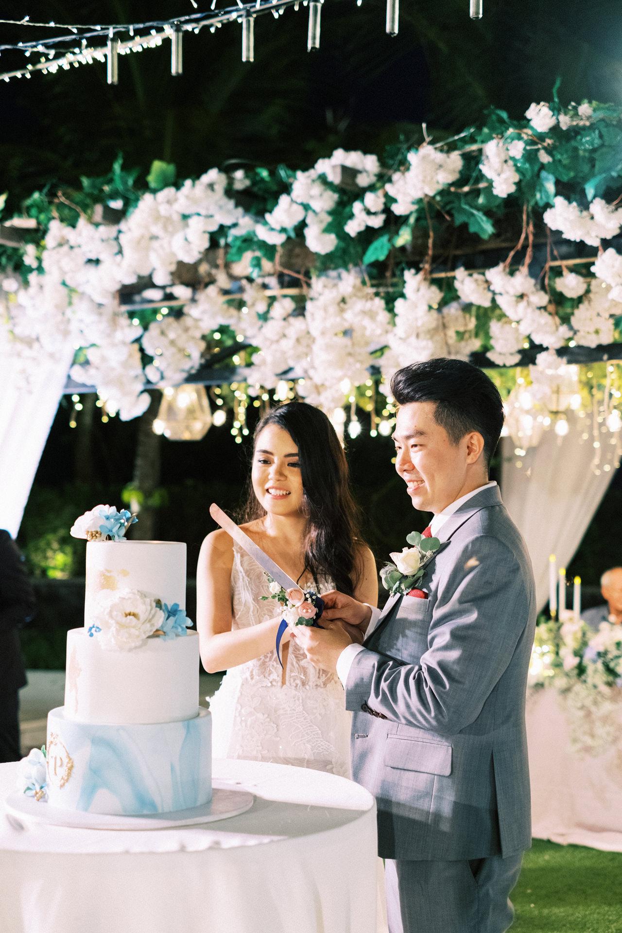 Bali Wedding Cake by Butter Bali