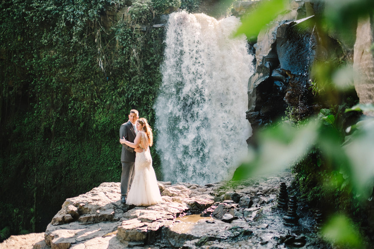 Tonya and Travis: An Enchanting Post Wedding Session in Ubud Bali 11