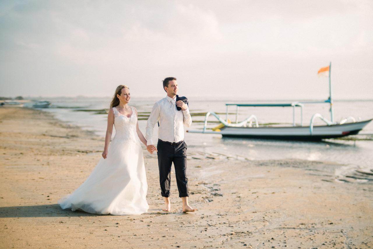 W&I: Sanur Beach Honeymoon Photo Session 8