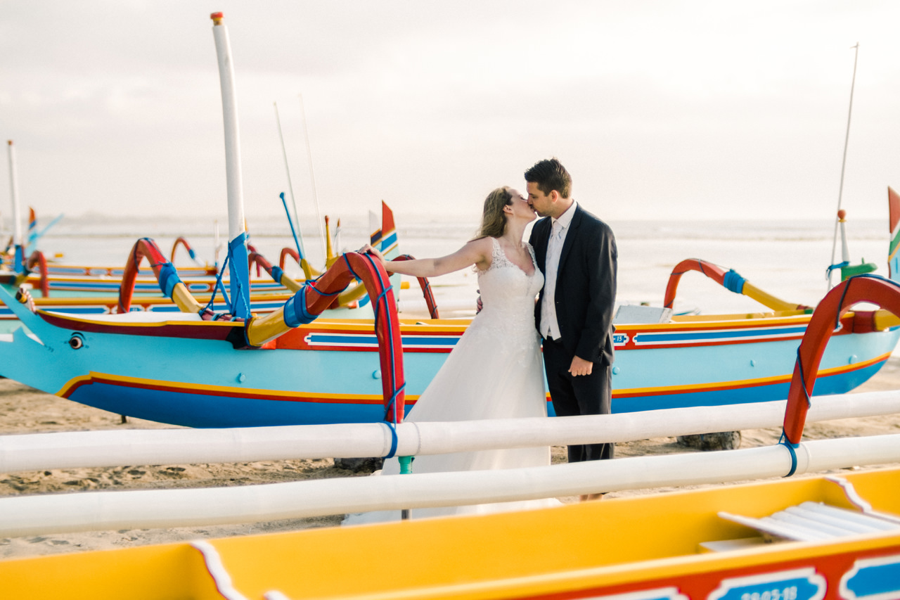 W&I: Sanur Beach Honeymoon Photo Session 11