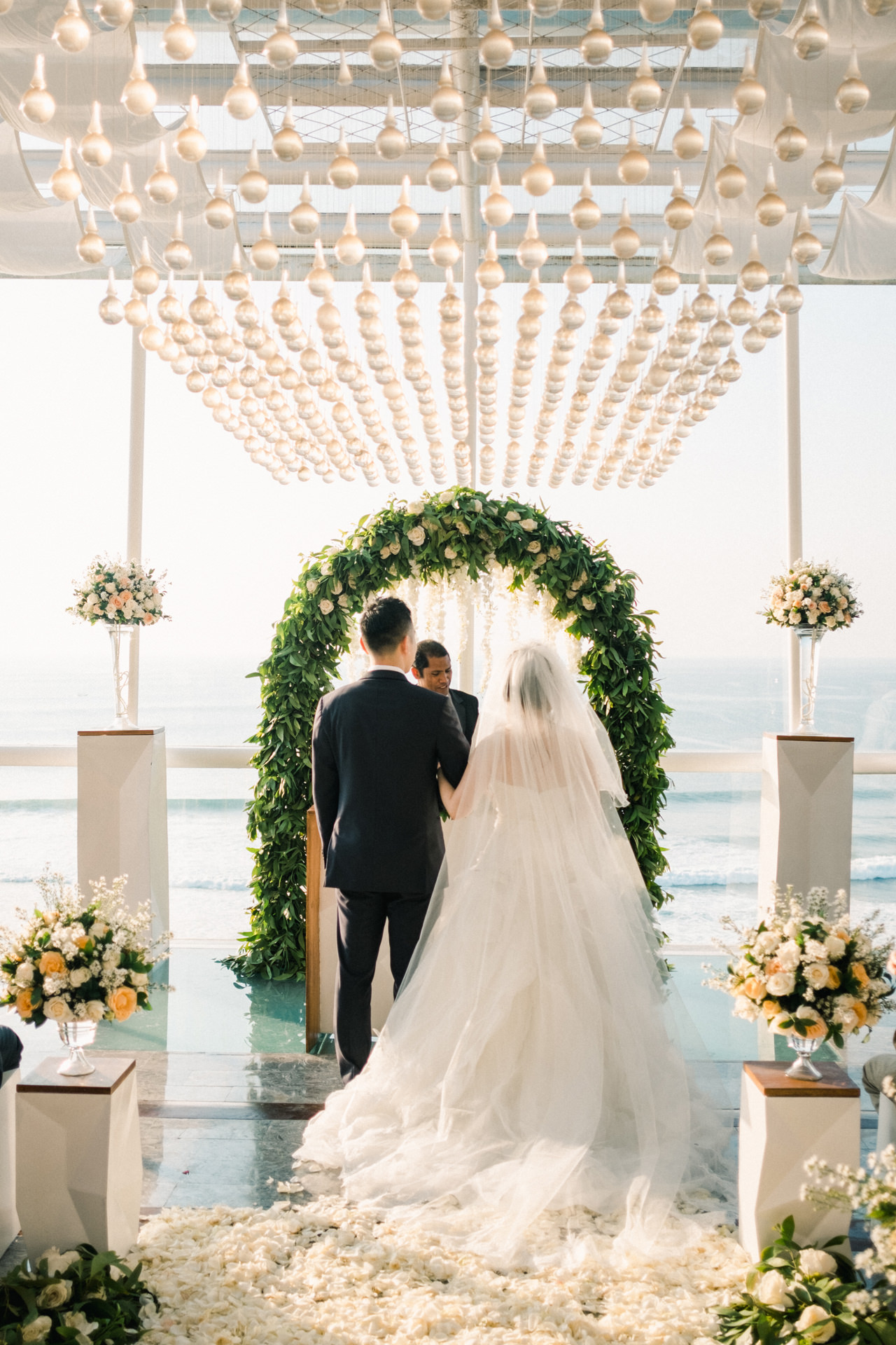 Y&J: Cliffside Anantara Uluwatu Wedding 22