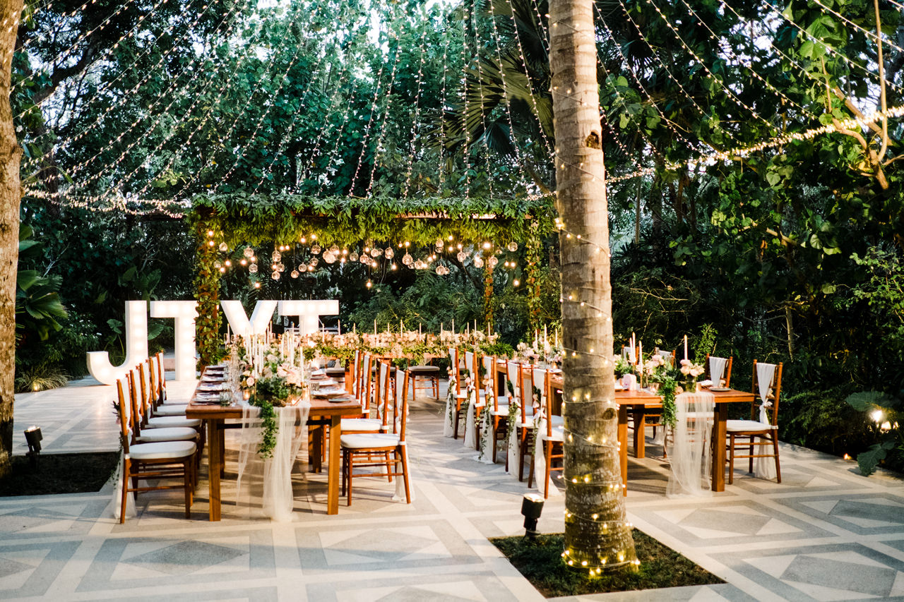Y&J: Cliffside Anantara Uluwatu Wedding 37