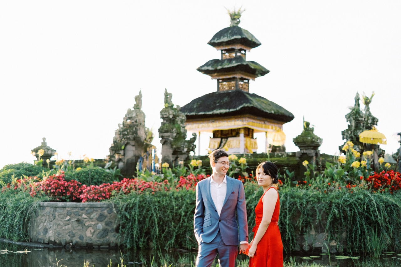 Y&M: Lake Beratan Temple Pre-Wedding 9
