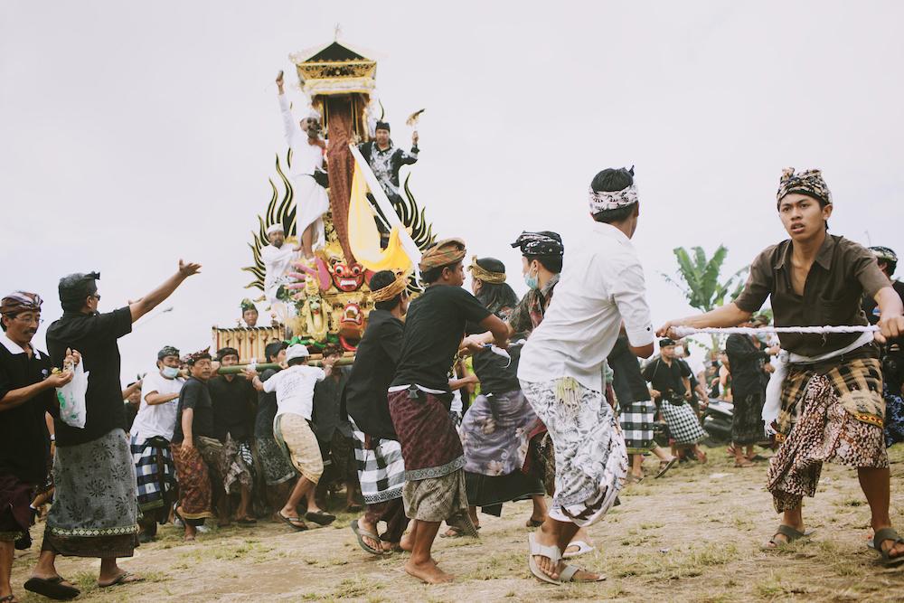 Cremation 22