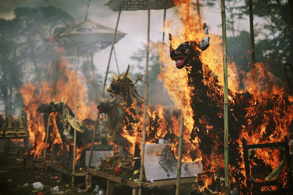 Cremation 38